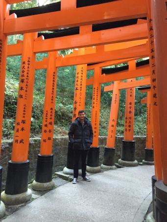 Kyle posing at the Fushimi Inari Shrine